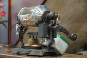 młynek do kawy ziarnistej