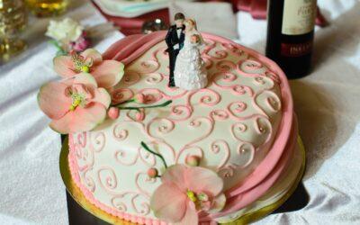 Najnowsze dekoracje tortów okolicznościowych – część 1